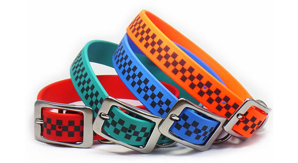 Image of stylish reflective dog collar made by Laugh Dog.